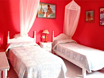 Photo of Twin bedroom red
